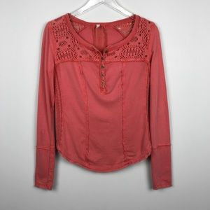 [Free People] Gold Coast Henley Top Coral Crochet