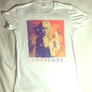 """Hot Topic """"Chvrches"""" band tee"""