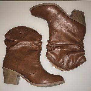 NIB Mudd Weston Slouch Cognac Boots, 10