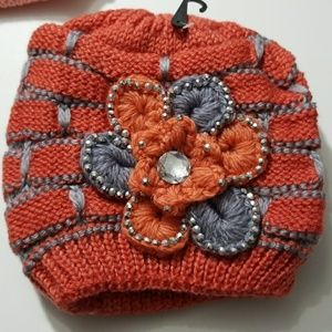 Thick, warm and cozy winter hat