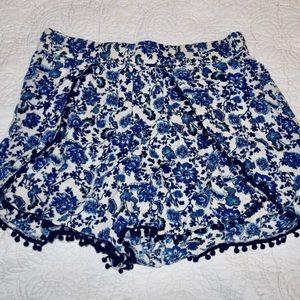 H&M Patterned Short - 10