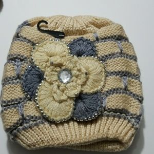 Warm, thick, cozy and fashionable winter hat
