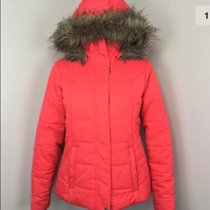 Columbia omni shield red puffer jacket faux fur