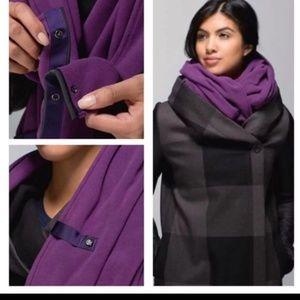 Lululemon Purple Fleece Vinyasa Scarf NWOT