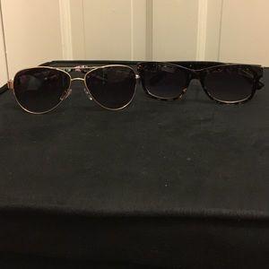 Franco Sarto Sunglasses, 2 for 1! 🖤