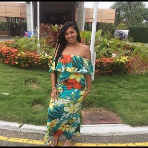 Fashion Nova Floral Maxi Dress