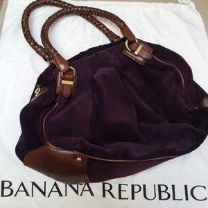 Beautiful Banana Republic Suede bag