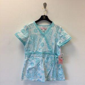 Koi floral Kathryn scrub top size XS new