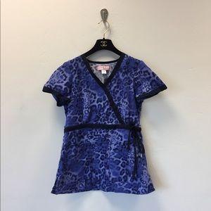 Koi Kathryn blue leopard print scrub top size XS