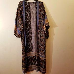 NWOT Francescas Tribal Floral Print Kimono