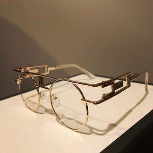 Vintage Frame Gold Sunglasses