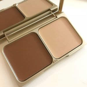 BNIB Stila custom contour duo in light