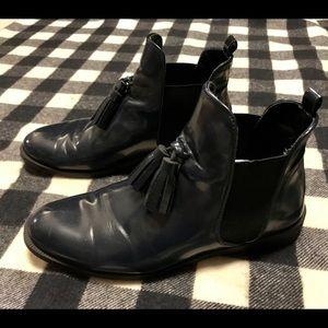 Zara,tasseled, flat loafers•size 41