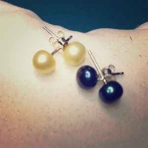 ER24 5mm Freshwater Pearls in Sterling Silver