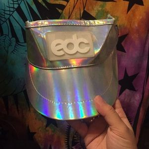 Exclusive holographic visor from EDC!