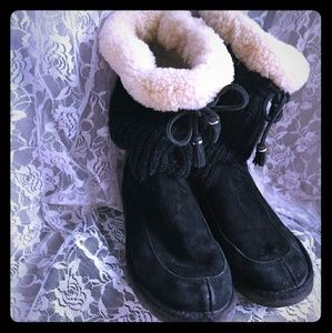 UGGS black sheepskin sweater boots