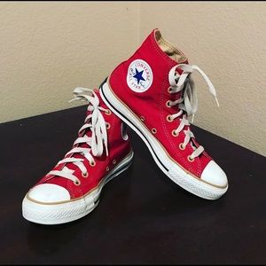 Vintage Converse Reds w/ gold lining + lace holes