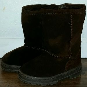 Cherokee Toddler faux suade boots