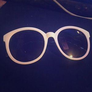 Whit sunglasses