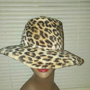 FabuLous Vintage Faux Fur Leopard Hat 🌟💕🌟