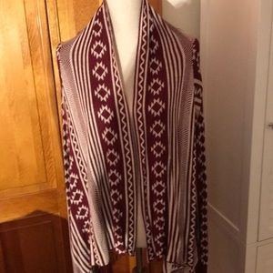 Forever 21 blanket style cardigan. Never worn.