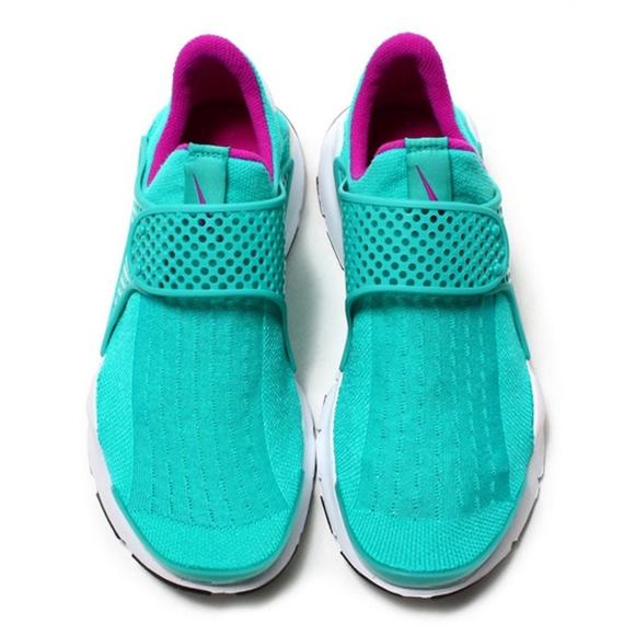 big sale 317ae 82b8e  Womens Nike Sock Dart (Size 8)