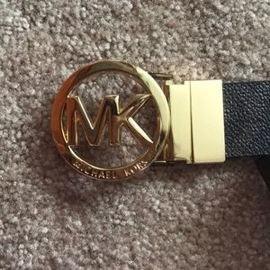 NEW WITH TAGS MICHAEL KORS BELT