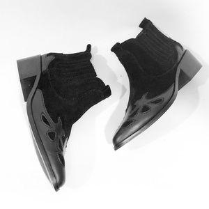 ZARA BLACK BLOCK HEEL BOOTS