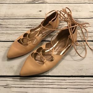 Banana Republic Strappy Ankle Flats Nude 8