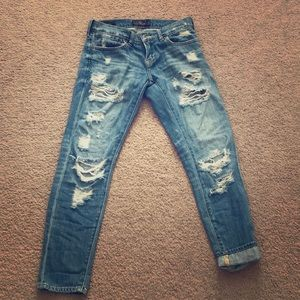 BEAUTIFUL distressed Lucky Jeans
