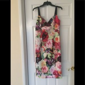 Ted Baker Body-Con Flower Dress Size 4 = 12 US