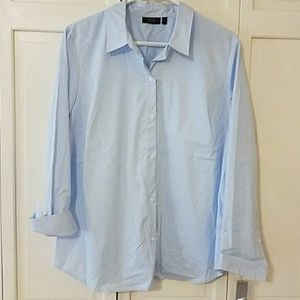 NWT Blue and White Stripped Buttonup