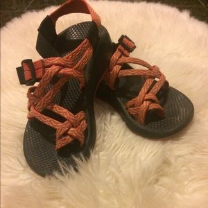 Chaco's . Size 5