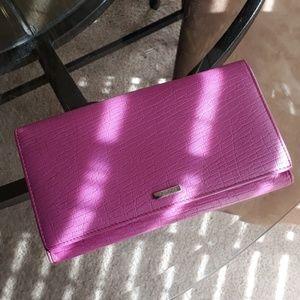 Beautiful Gucci checkbook trifold wallet
