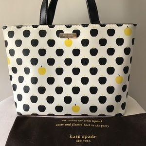 Authentic Kate Spade Apple Hand Bag