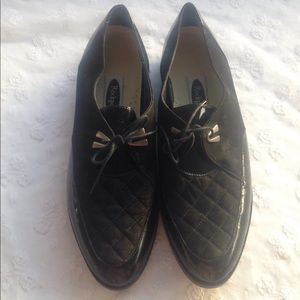 NWOB Rockport Suede/Patent Leather Loafers