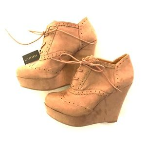 NWT Forever 21 wedges