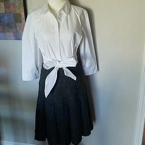 Banana Republic grey pleated skirt