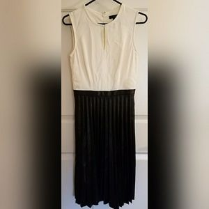 J. Crew White Black Patent Leather Dress Size 00