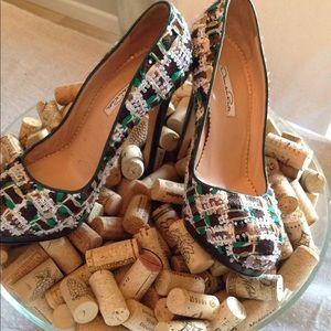 """Oscar de la Renta  5"""" heels  👠"""
