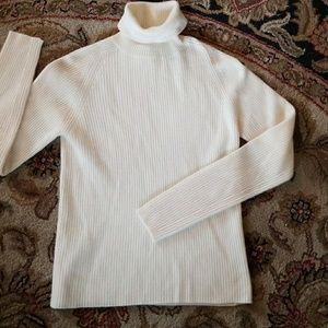 Neiman Marcus cashmere small sweater