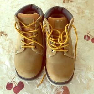 Boys size 1 work boots