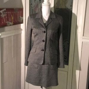 Great Condition Suit Dress