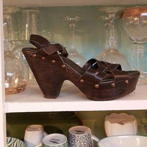Brown chunky sandal,9 1/2