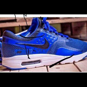 NEW Nike Air Max Zero Essential: 9-12, NWB!