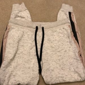 Forever 21 Sweatpants. Size small