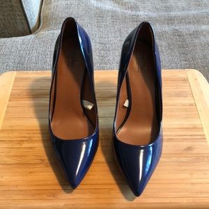 Comfortable Dark Blue Heels