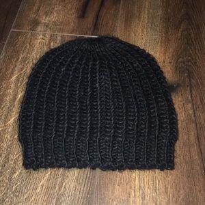 Cotton On black winter hat