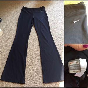 Nike black pants size Small Tall