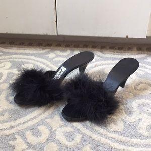 Vintage Daniel Green Feather Kitten Heel Slippers
